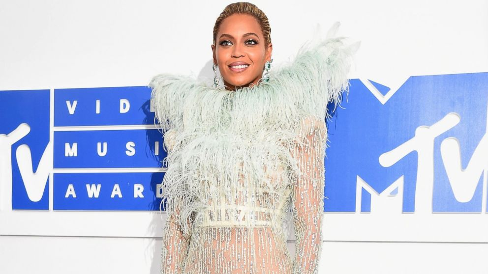 Beyonce's Epic 15-Minute VMAs Performance: All the Highlights - ABC News