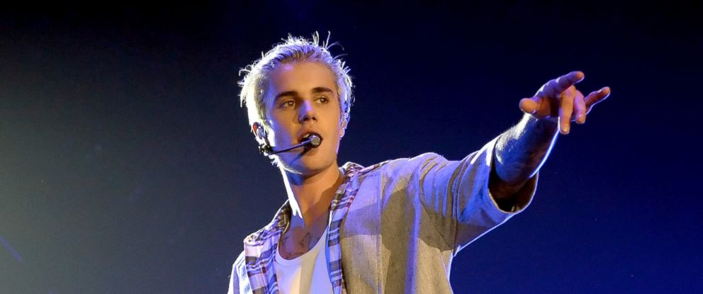 PHOTO: Singer/songwriter Justin Bieber performs onstage at KeyArena, March 9, 2016, in Seattle.