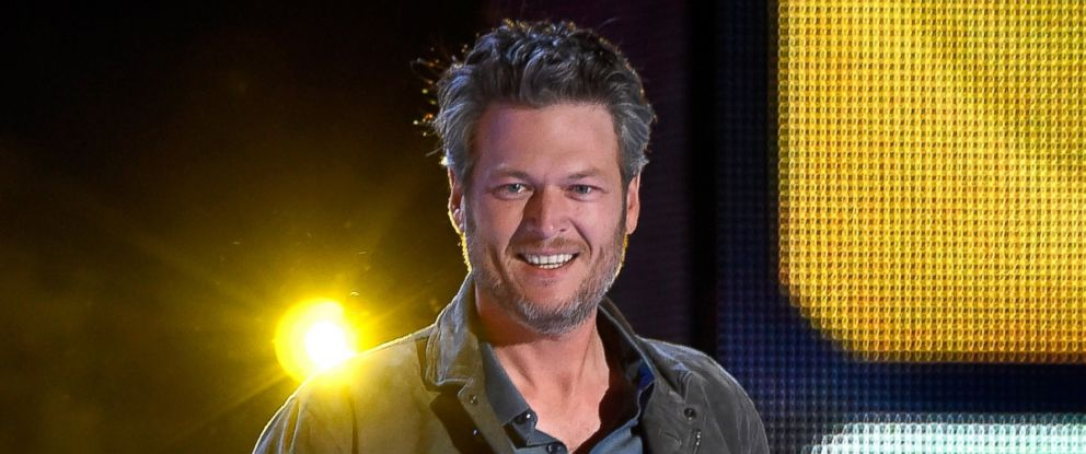 PHOTO: Host Blake Shelton speaks at the Nickelodeons 2016 Kids Choice Awards at The Forum on March 12, 2016 in Inglewood, Calif.