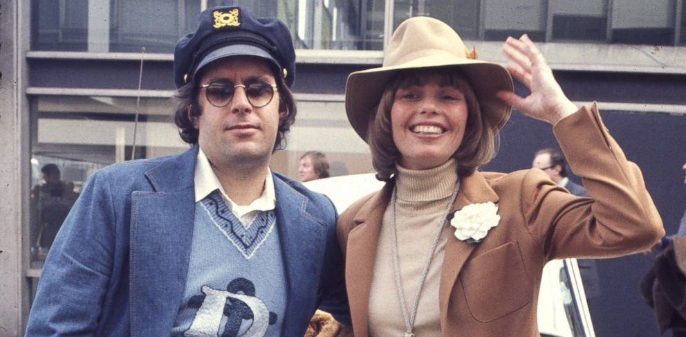 PHOTO: In this file photo, Captain & Tennille, aka Daryl Dragon, left, and Toni Tennille, right, are pictured in 1977.