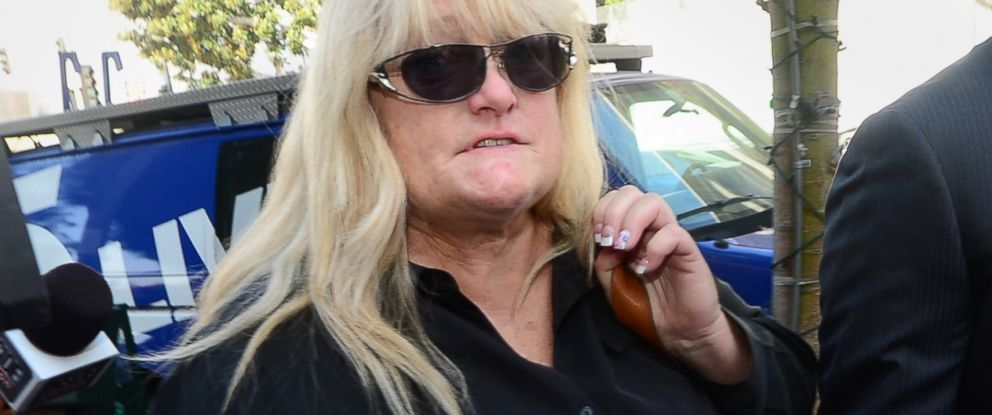 PHOTO: Michael Jacksons ex-wife Debbie Rowe arrives at court in Los Angeles, Aug. 15, 2013.