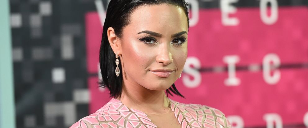 PHOTO:Demi Lovato attends the 2015 MTV Video Music Awards at Microsoft Theater, Aug. 30, 2015 in Los Angeles.