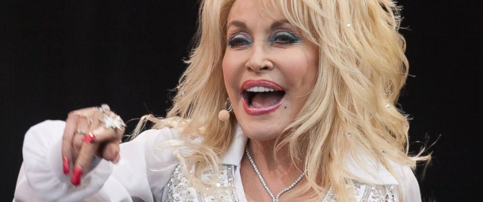 PHOTO: Dolly Parton performs on the main Pyramid Stage at the Glastonbury Festival on June 29, 2014 in Glastonbury, England.