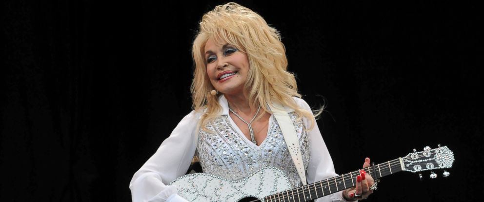 PHOTO: Dolly Parton performs on the Pyramid stage during day three of the Glastonbury Festival at Worthy Farm in Pilton in this June 29, 2014, file photo in Glastonbury, England.
