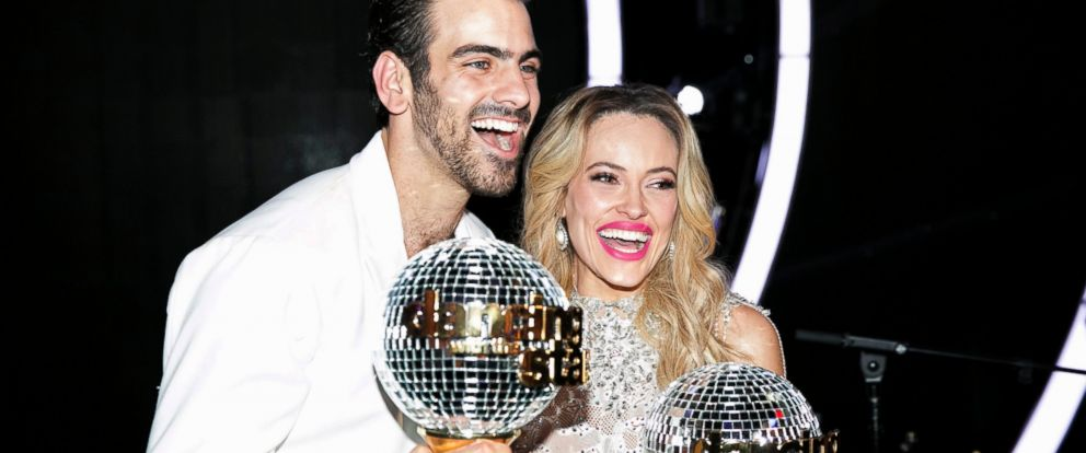 """PHOTO: Nyle DiMarco and Peta Murgatroyd are seen here on """"Dancing with the Stars."""""""