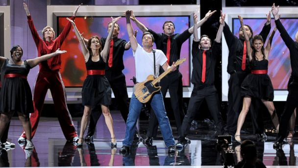 PHOTO: From left to right, actors Amber Riley, Jane Lynch, Tina Fey, Joel McHale, Jimmy Fallon, Cory Monteith, Chris Colfer, Jorge Garcia, and Nina Dobrev perform onstage.