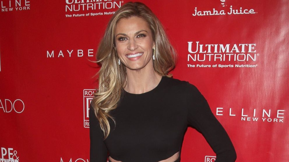 TV Personality Erin Andrews attends the 2014 Shape & Men's Fitness Super Bowl Party on Jan. 31, 2014.