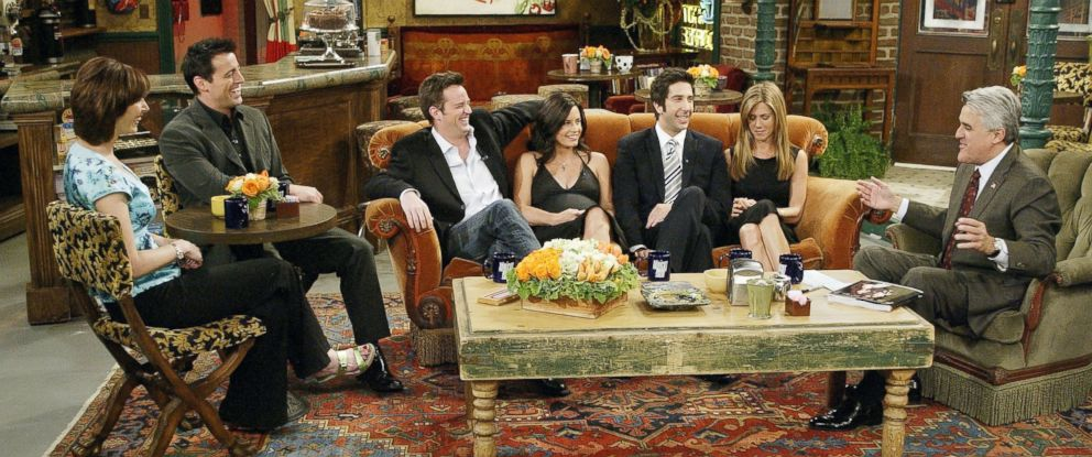 """PHOTO: The cast of """"Friends"""", actors Lisa Kudrow, Matt LeBlanc, Matthew Perry, Courteney Cox-Arquette, David Schwimmer and Jennifer Aniston sat down with Jay Leno for a special """"Tonight Show,"""" on the set of Central Perk after the series finale aired."""