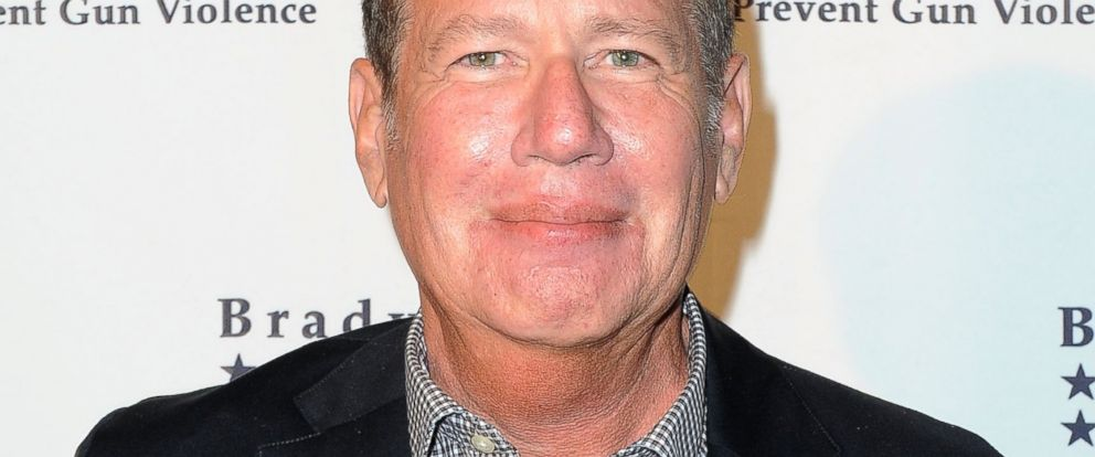 PHOTO: Garry Shandling arrives at the 3rd Annual Brady Gala honoring Adam McKay at Beverly Hills Hotel, April 29, 2014, in Beverly Hills, Calif.