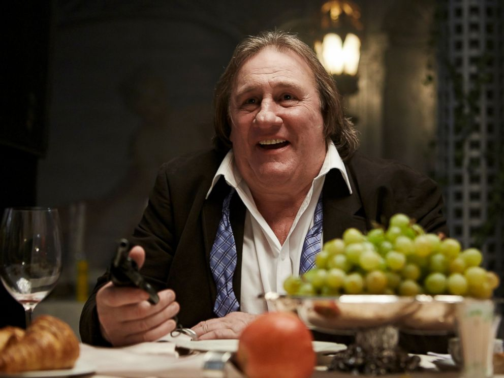 PHOTO: Gerard Depardieu shoots a scene from the movie Sex, Coffee & Cigarettes.