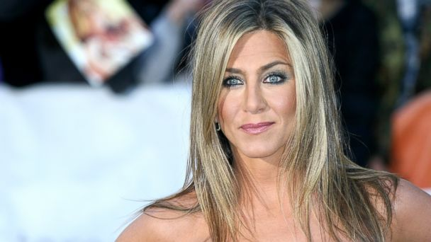 PHOTO: Jennifer Aniston arrives at the Life Of Crime Premiere during the 2013 Toronto International Film Festival at Roy Thomson Hall, Sept. 14, 2013, in Toronto.