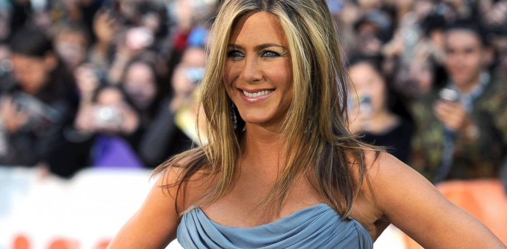"""PHOTO: Jennifer Aniston arrives at the """"Life Of Crime"""" Premiere during the 2013 Toronto International Film Festival, Sept. 14, 2013 in Toronto, Canada."""