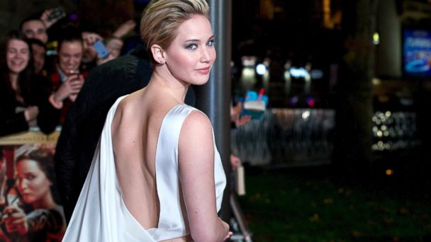 PHOTO: Jennifer Lawrence poses for pictures on the red carpet
