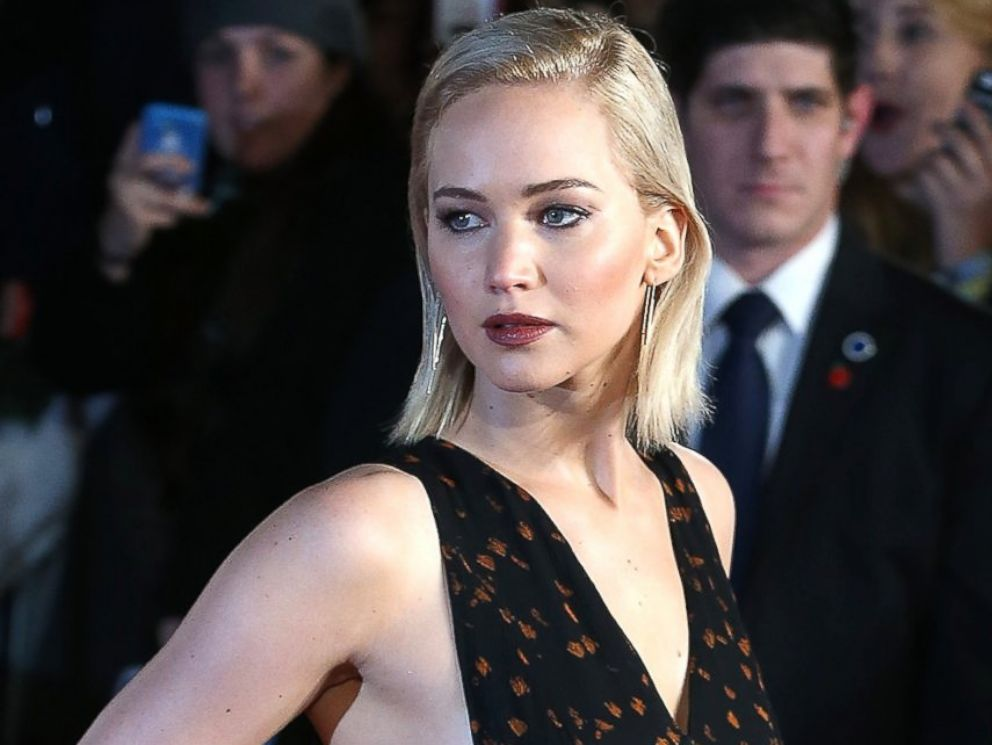 PHOTO: Jennifer Lawrence attends the UK Premiere of The Hunger Games: Mockingjay- Part 2 at Odeon Leicester Square, Nov. 5, 2015, in London.