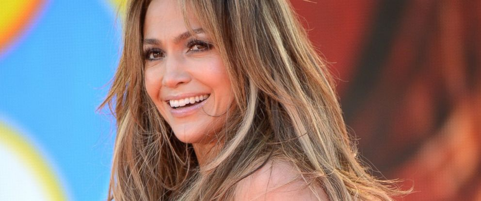 """PHOTO: Jennifer Lopez performs on ABCs """"Good Morning America"""" at Rumsey Playfield on June 20, 2014 in New York City."""