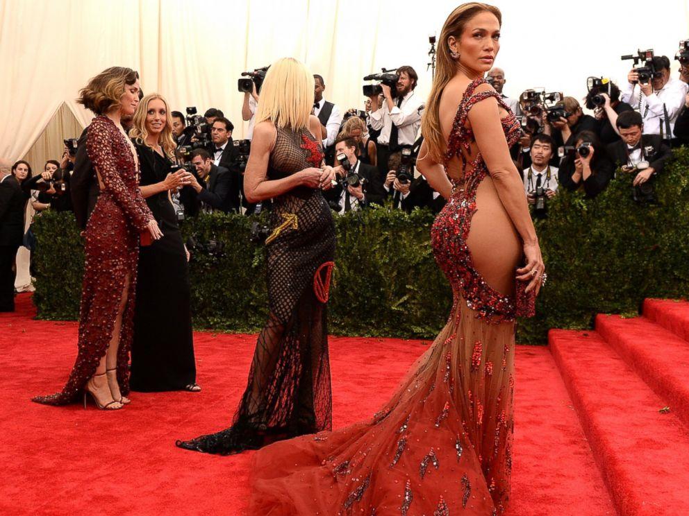 Beyonce, Kim Kardashian, Jennifer Lopez: The Most Daring Dresses ...