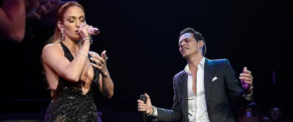 Jennifer lopez reunites with ex husband marc anthony onstage abc news photo jennifer lopez l performs onstage with marc anthony at radio city music m4hsunfo
