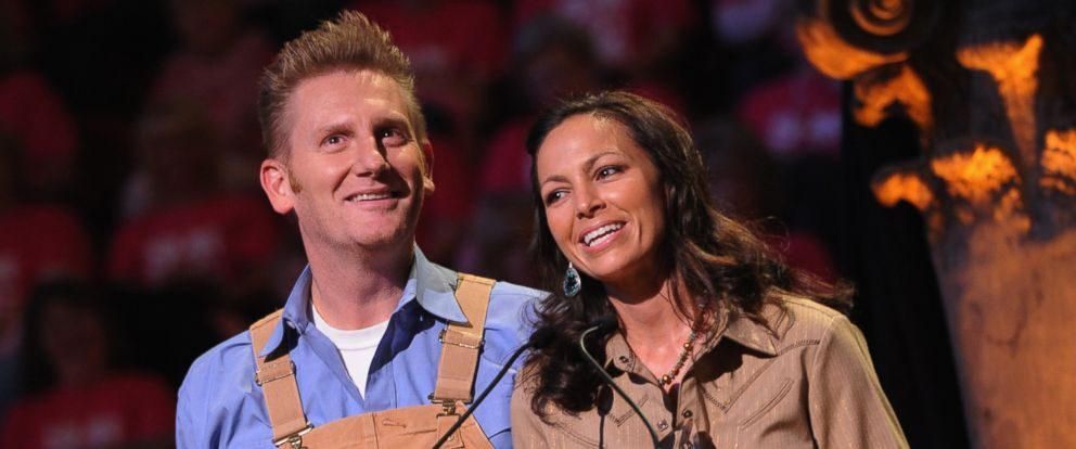 "PHOTO: Joey Martin Feek and Rory Feek accept ""Vocal Duo of the Year"" at The 17th Annual Inspirational Country Music Awards at Schermerhorn Symphony Center on Oct. 28, 2011 in Nashville, Tenn."