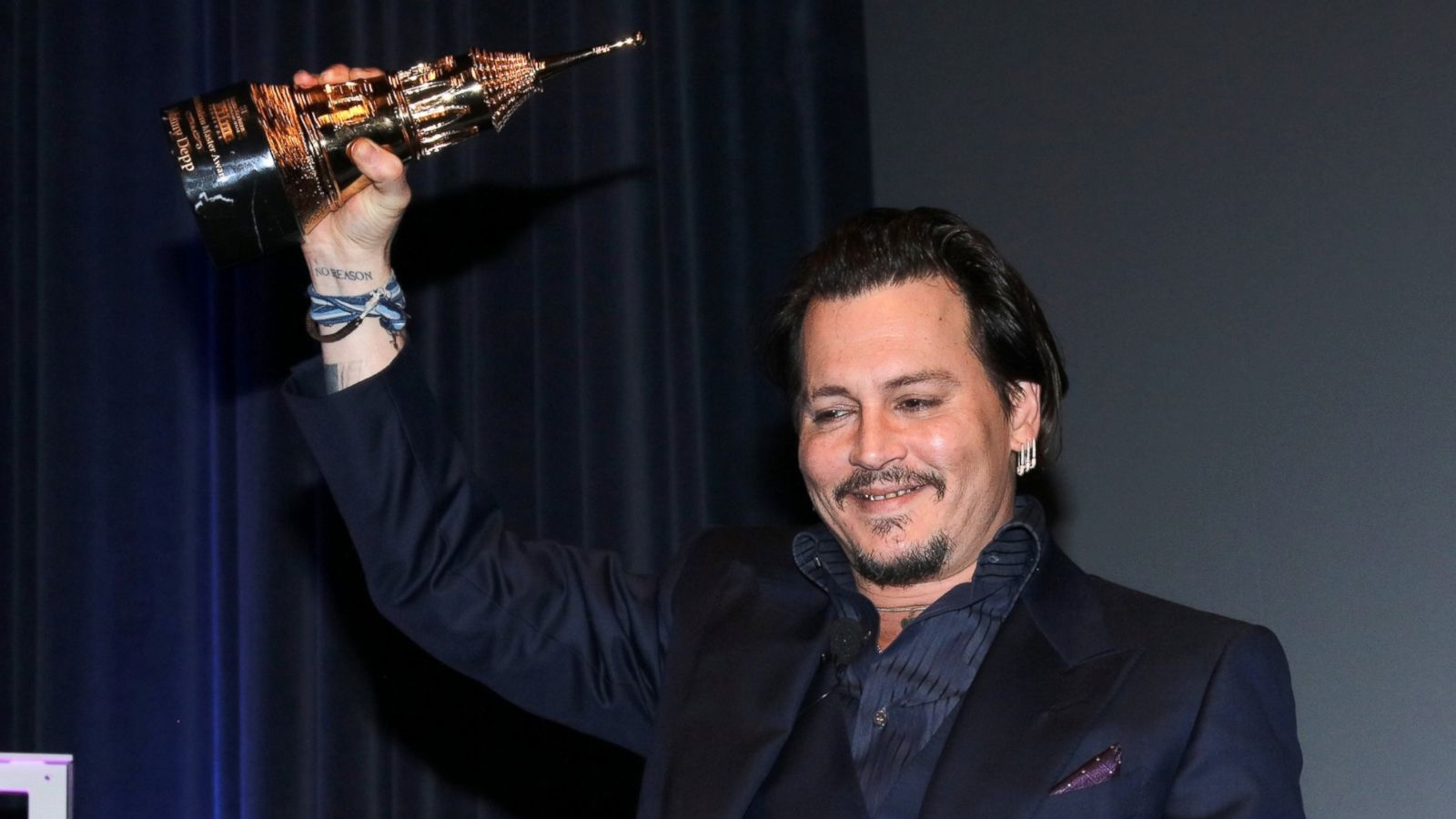 DiCaprio beat Depp due to the promiscuity of the latter 02.08.2011 12