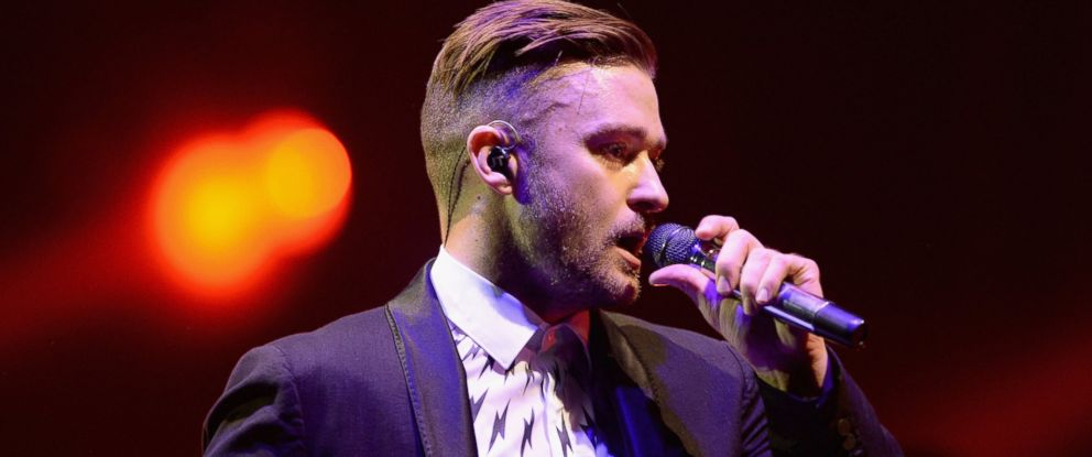 PHOTO: Justin Timberlake performs on stage at the 02 Arena in London, June 10, 2014.