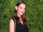 PHOTO: Katie Holmes reveals a short new hairdo
