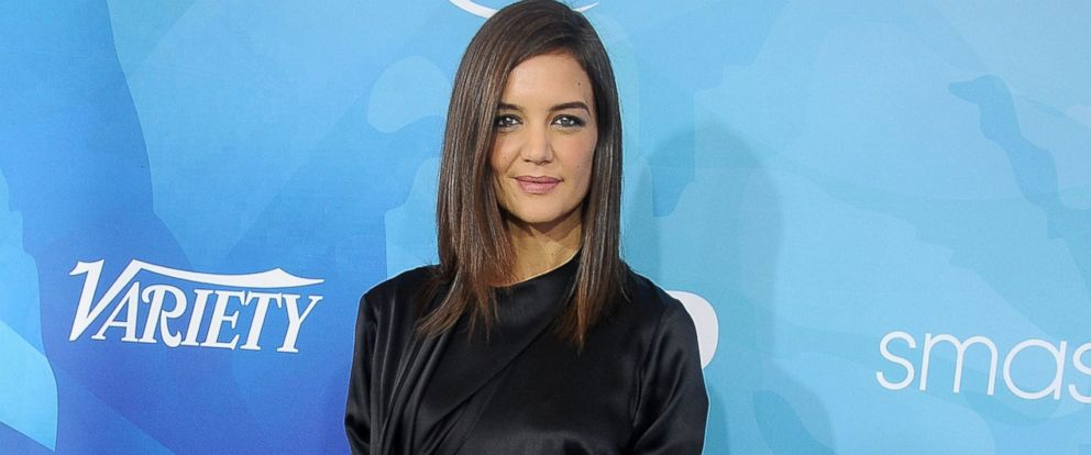 PHOTO: Actress Katie Holmes arrives at the WWD And Variety Inaugural Stylemakers Event at Smashbox Studios, Nov. 19, 2015, in Culver City, Calif.