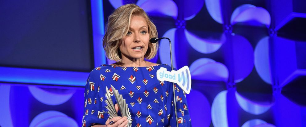 PHOTO: Kelly Ripa speaks on stage at 26th Annual GLAAD Media Awards In New York on May 9, 2015 in New York City.