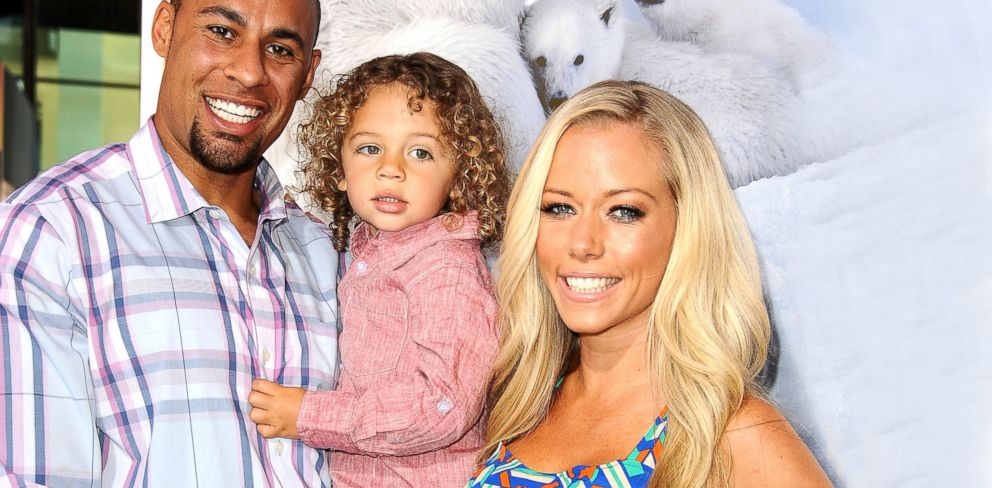 Kendra Wilkinson Baskett Family