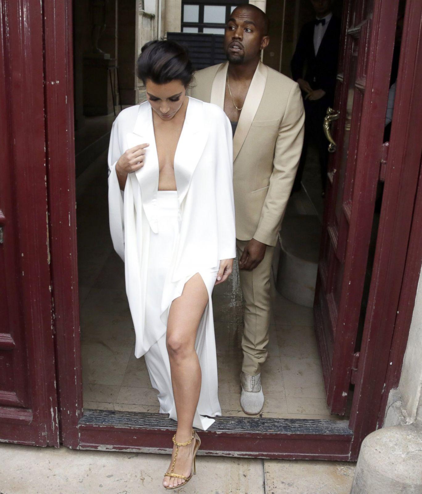 Kim Kardashian And Kanye West S Wedding All The Best Photos