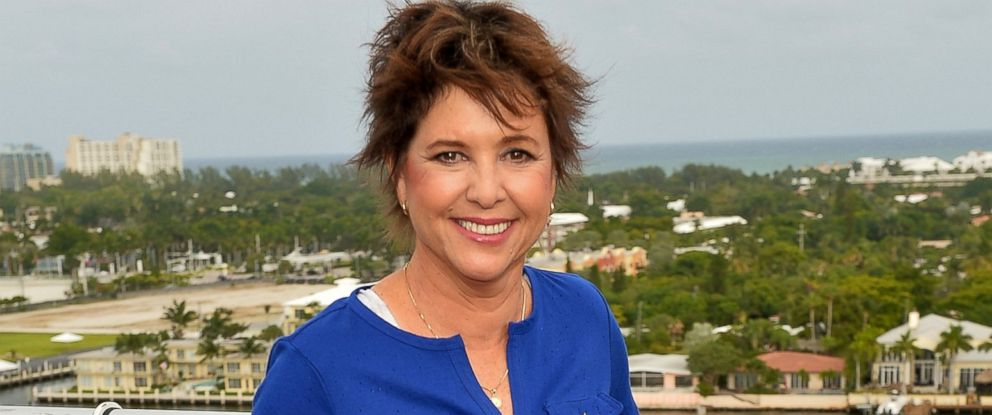 PHOTO Kristy McNichol Attends Love Boat Cast Christening Of Regal Princess Cruise Ship At Port