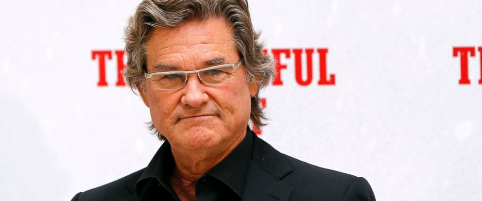 """PHOTO: Kurt Russell poses during a photo call for the presentation of the movie """"The Hateful Eight."""""""