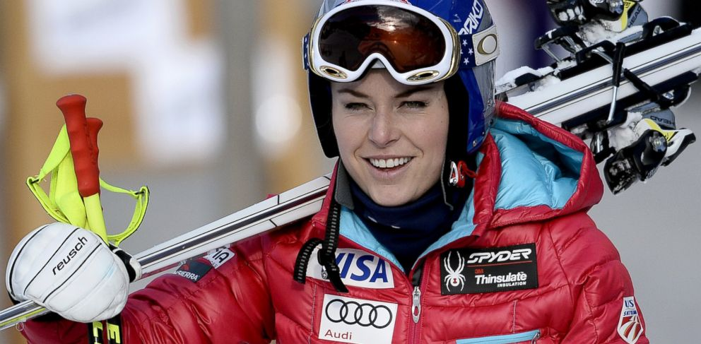 PHOTO: Lindsey Vonn arrives for the Womens World Cup Downhill, Dec. 18, 2013, in Val dIsere, French Alps.