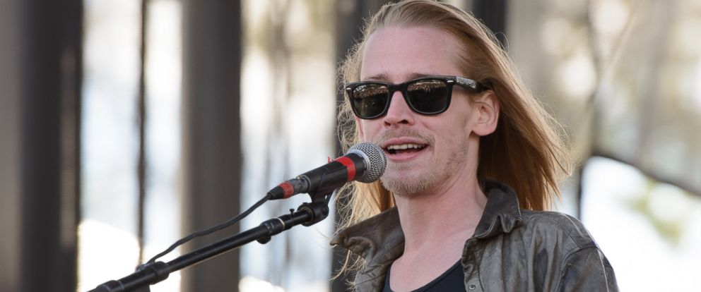 PHOTO: Macaulay Culkin of The Pizza Underground performs on stage at Riot Fest Chicago 2014