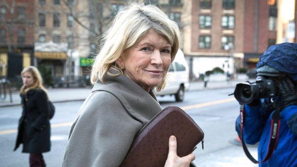 PHOTO: Martha Stewart enters federal court in New York, Jan. 24, 2012.