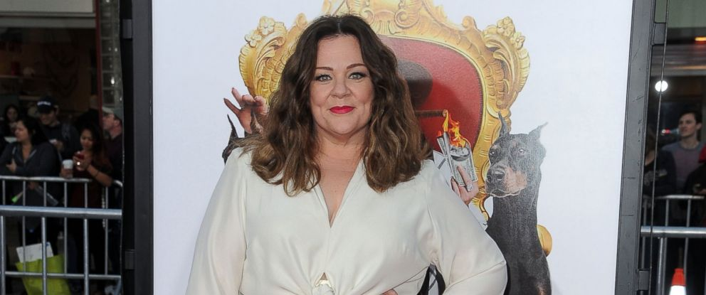 """PHOTO: Melissa McCarthy attends the Los Angeles Premiere of """"The Boss"""" in Westwood, California, March 28, 2016."""