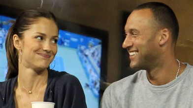 PHOTO:Minka Kelly and Derek Jeter watch as Novak Djokovic of Serbia plays against James Blake of the United States during day six of the 2010 U.S. Open on Sept. 4, 2010.