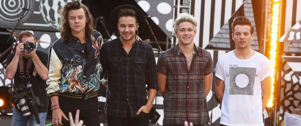 "PHOTO: One Direction is pictured performing on ABCs ""Good Morning America"" in Central Park on Aug. 4, 2015 in New York City."