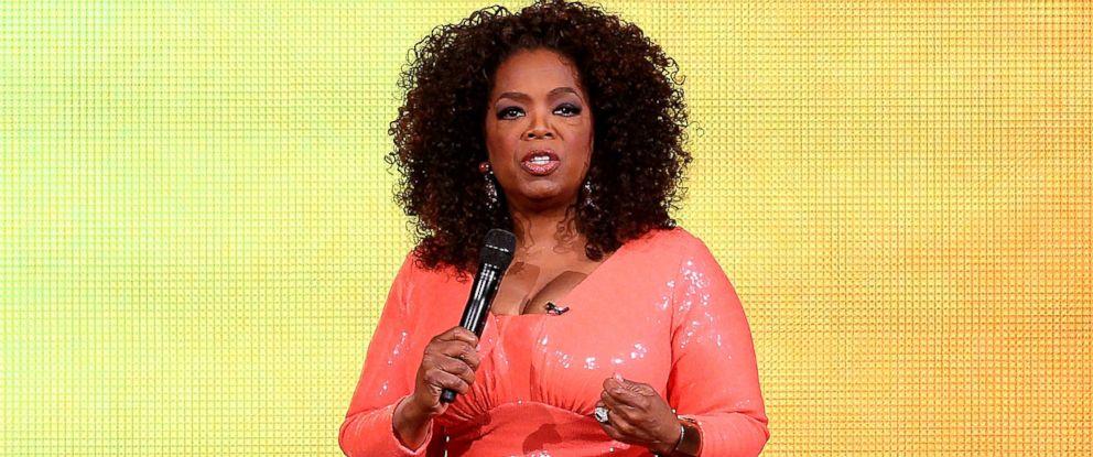 PHOTO: Oprah Winfrey talks on stage during her An Evening With Oprah tour, Dec. 2, 2015, in Melbourne, Australia.