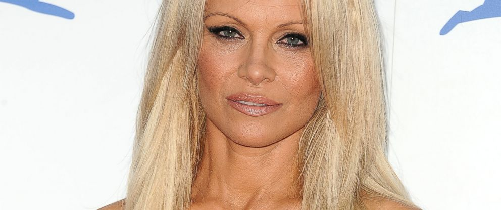 PHOTO: Pamela Anderson attends PETAs 35th anniversary party at Hollywood Palladiu, Sept. 30, 2015 in Los Angeles.
