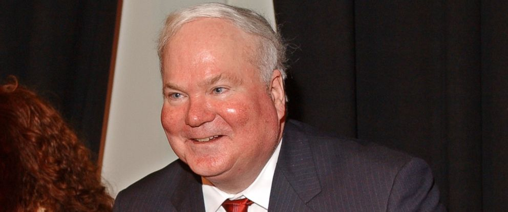 PHOTO: Author Pat Conroy attends a benefit reading for actor Frank Muller at Town Hall, Feb. 2, 2002 in New York City.