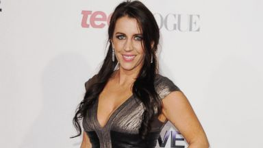 "PHOTO: Pattie Mallette arrives at the premiere of ""Justin Biebers Believe"""