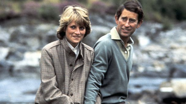 PHOTO: Lady Diana And Prince Charles