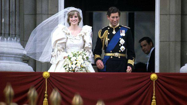 PHOTO: Prince Charles and Princess Diana stand