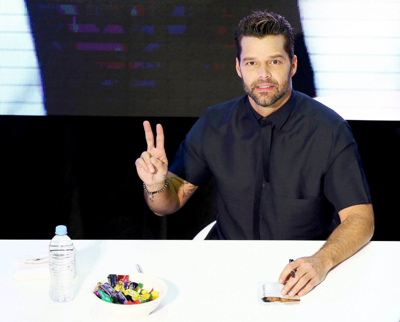 Meet And Greet With Ricky Martin In Sydney Picture Star Spotting