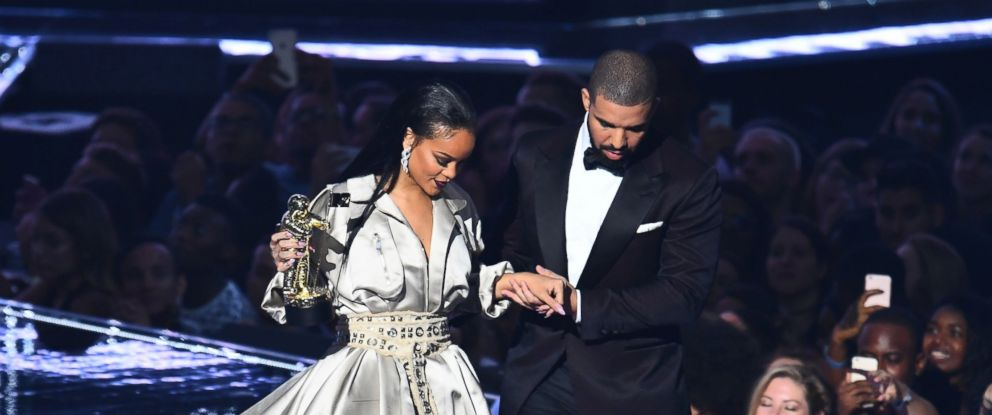 Rihanna Dating Drake 2012