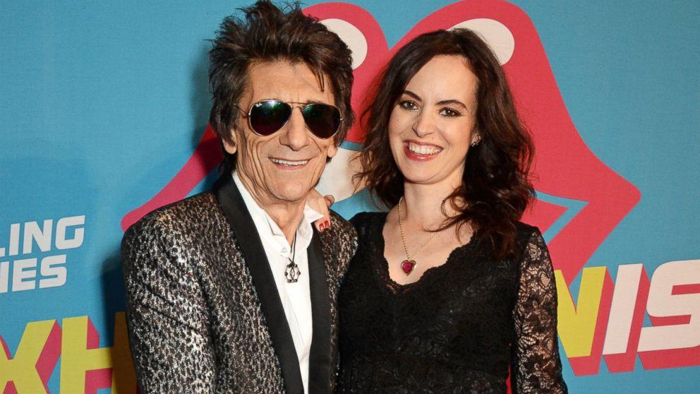 Storbritannien billig försäljning mest populär konkurrenskraftigt pris Rolling Stone Ronnie Wood's Wife, Sally, Gives Birth to Twin Girls ...