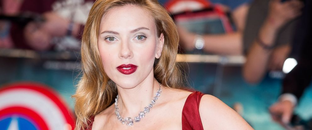 "PHOTO: Scarlett Johansson attends the ""Captain America: The Winter Soldier"" UK Film Premiere in London, March 20, 2014."