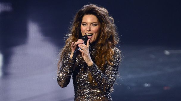 "PHOTO: Singer Shania Twain performs during the debut of her residency show ""Shania: Still the One"" at The Colosseum at Caesars Palace on Dec. 1, 2012, in Las Vegas."