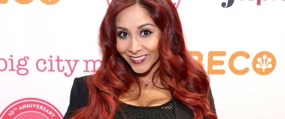 PHOTO: Nicole Snooki Polizzi attends Big City Moms Biggest Baby Shower, April 29, 2014, in New York.