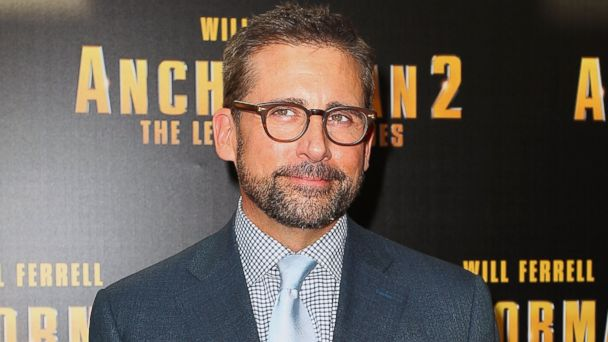 """PHOTO: Steve Carell arrives at the """"Anchorman 2: The Legend Continues"""" Australian premiere at the Entertainment Quarter on Nov. 24, 2013 in Sydney, Australia."""